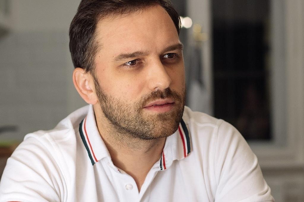 Fehér Viktor