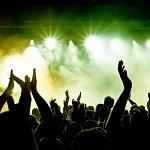 5 ok, hogy miért érdemes egyedül is koncertre járni